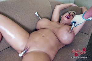 Tits-pumping action from a busty mature  - XXX Dessert - Picture 11