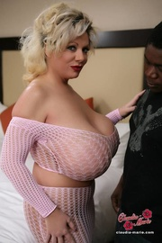 big blonde milf seducing