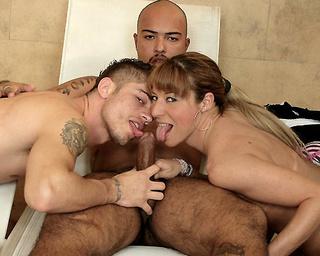 dirty blonde momma hoop