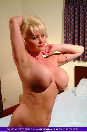 Hot granny teases with her fat body then - XXX Dessert - Picture 6