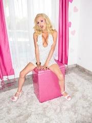 perky blonde dress shows