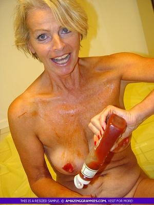 Women s bathroom porn