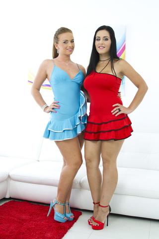 thick babes short dresses