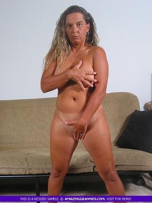 granny-naked-smoking-naked-female-butt-holes