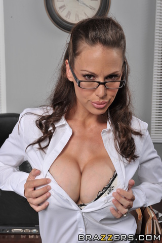 sexy brunette business woman