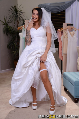 tatted-up brunette bride pussy