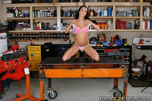 Busty brunette worker gets fucked in a t - XXX Dessert - Picture 4