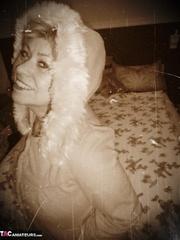 hot blonde milf poses