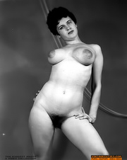 voluptuous girls pose hot
