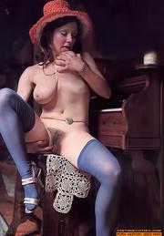 these elegant whores strip