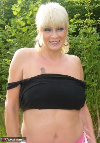 tattooed tramp saggy tits
