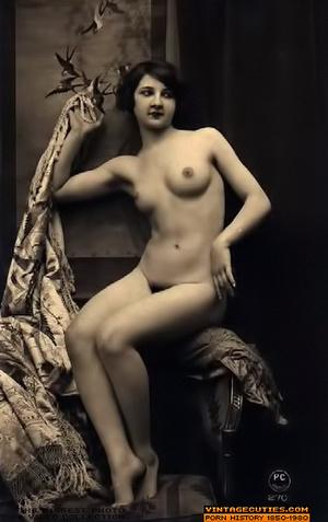 Zafira nude model pussy and tits pics