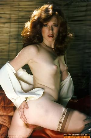 This seductive tramp in white closes her - XXX Dessert - Picture 10