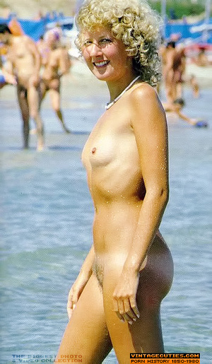 Black beard nude girl pussy