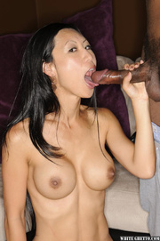 Tia Ling 43 years old pornstar from United States  Pics and