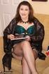 nasty brunette milf bluegreen