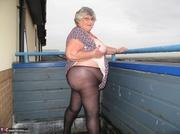 admirable platinum blonde grandma