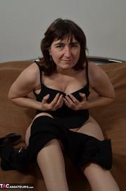 brunette milf black bra