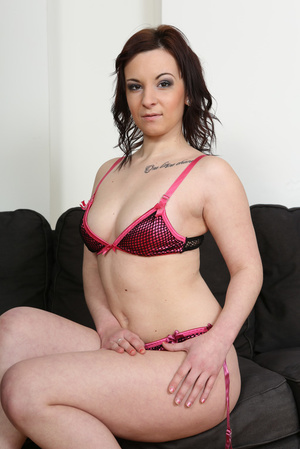 Slightly chubby brunette in pink lingeri - XXX Dessert - Picture 2
