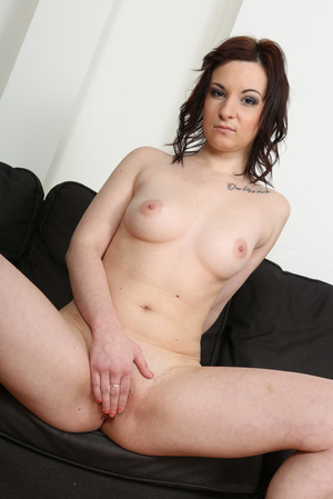 Slightly chubby brunette in pink lingeri - XXX Dessert - Picture 9