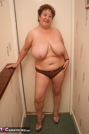 Naked girl with downsyndroom