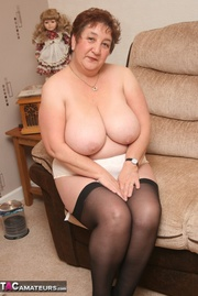 luscious granny displays her