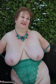 bbw grannies teases with