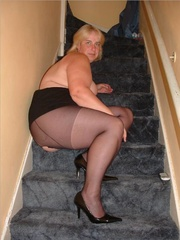 chubby blonde displays her