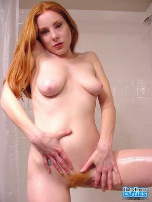 Hot female nude selfies