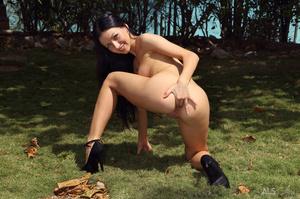High heeled harlot sheds her yellow biki - XXX Dessert - Picture 9