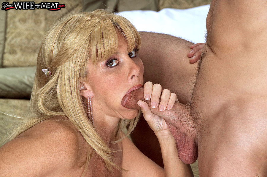 Milf sucks young dick