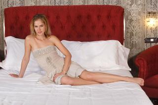 blonde hottie displays skinny