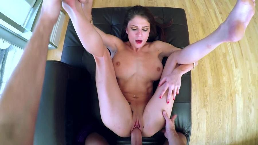 Lesbian licking big clit porn
