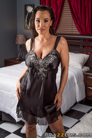 voluptuous brunette milf helps