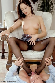 steaming hot chick peels