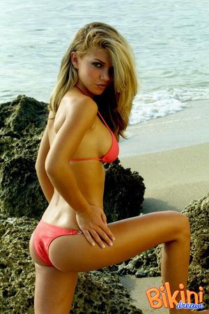 Ass bikini larocca paula mas