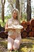 blonde hottie reveals her