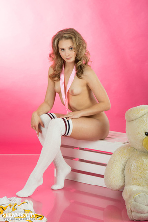 Steaming hot chick strips off her white  - XXX Dessert - Picture 8