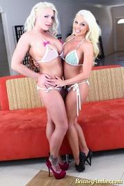 lesbian blonde scissoring and