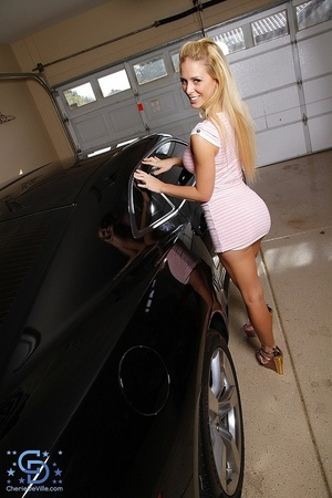 Dress-wearing blonde gets naked next to  - XXX Dessert - Picture 2