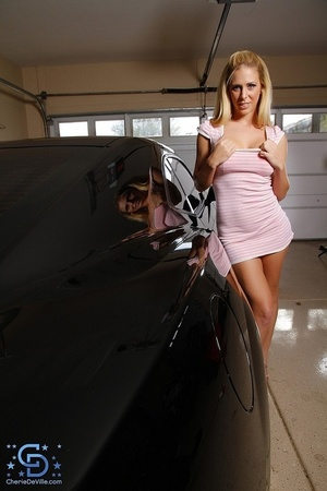 Dress-wearing blonde gets naked next to  - XXX Dessert - Picture 3