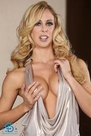 revealing dress blonde dildo-fucks