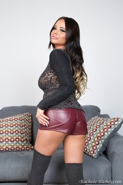 shorts-wearing brunette with natural