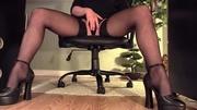 high heeled babe black
