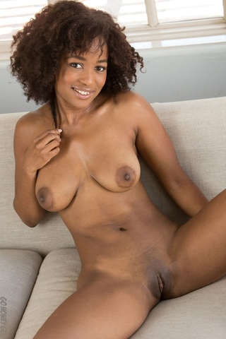 Can Brown skin naked women pussy are