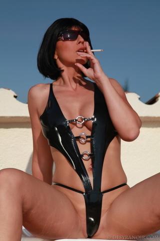 bobcut brunette shades smoking