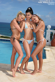 three bikini-clad teens 69-ing