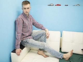 white young man born4kisses