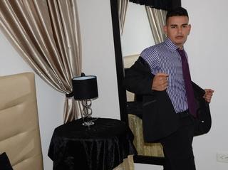latin man strongerboysex