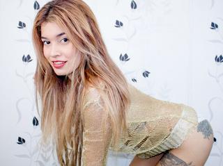 latin teen blonde hair